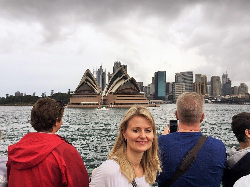 Před operou v Sydney