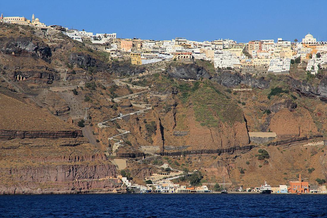Thira - hl. město (cca 300m.n m.)